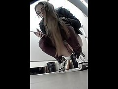 Beautiful Girls Peeing In the Toilet, Compilation